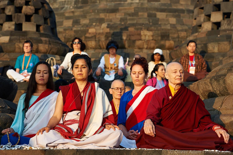 Resultado de imagen de women and buddhism